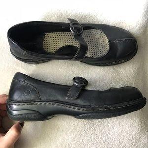 BORN Black Buckled MaryJanes Shoes 9.5